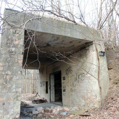 Die ersten militärischen Ruinen