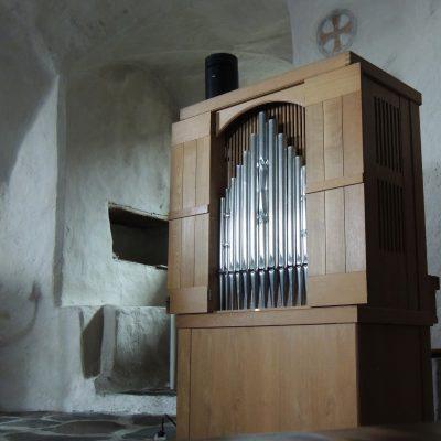 Die kleinste Orgel, die ich je gesehen habe. (etwa Schulterhoch)