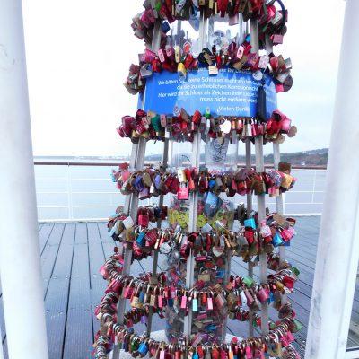 Turm für Liebesschlösser auf der Seebrücke