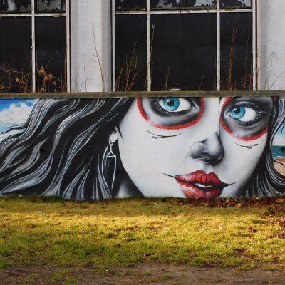 Kunstwerk am ehemaligen HDE-Kino
